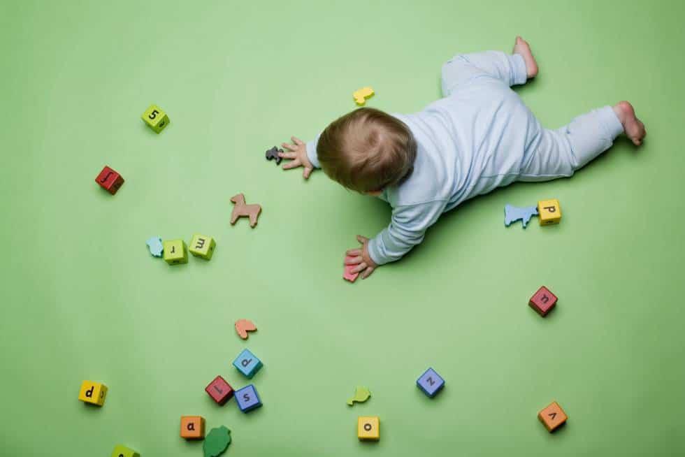 Cómo los reflejos primitivos retenidos frenan a los estudiantes en el aprendizaje y el desarrollo motor