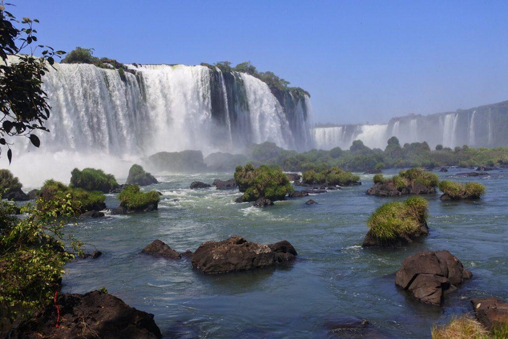 Ponente en Brasil